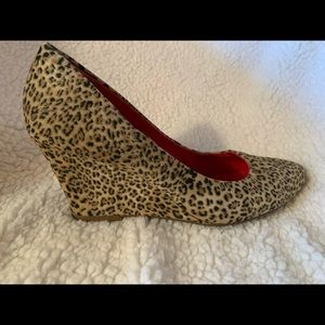 Suede leopard print wedge pump by Express